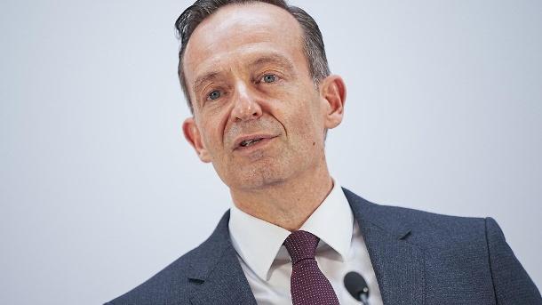 """FDP-Generalsekretär Volker Wissing: """"Noch hat die CDU keinen festen Gesprächstermin mit uns vereinbart"""". (Quelle: dpa/Michael Kappeler)"""
